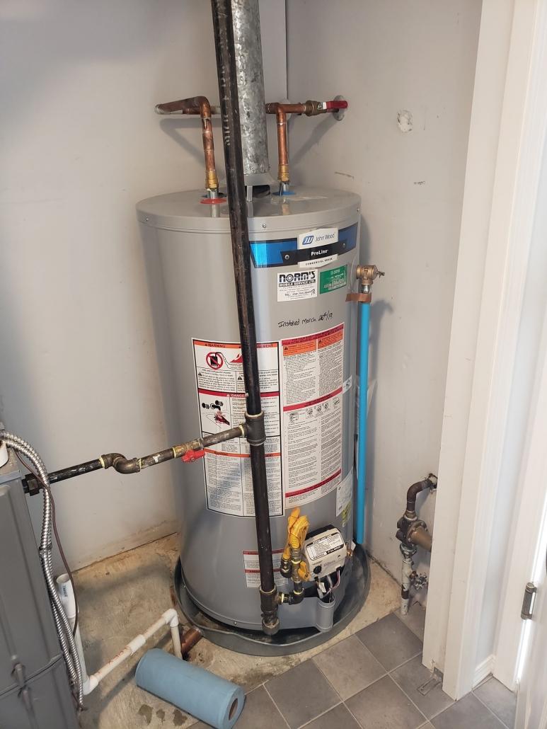 Hot water tank installation